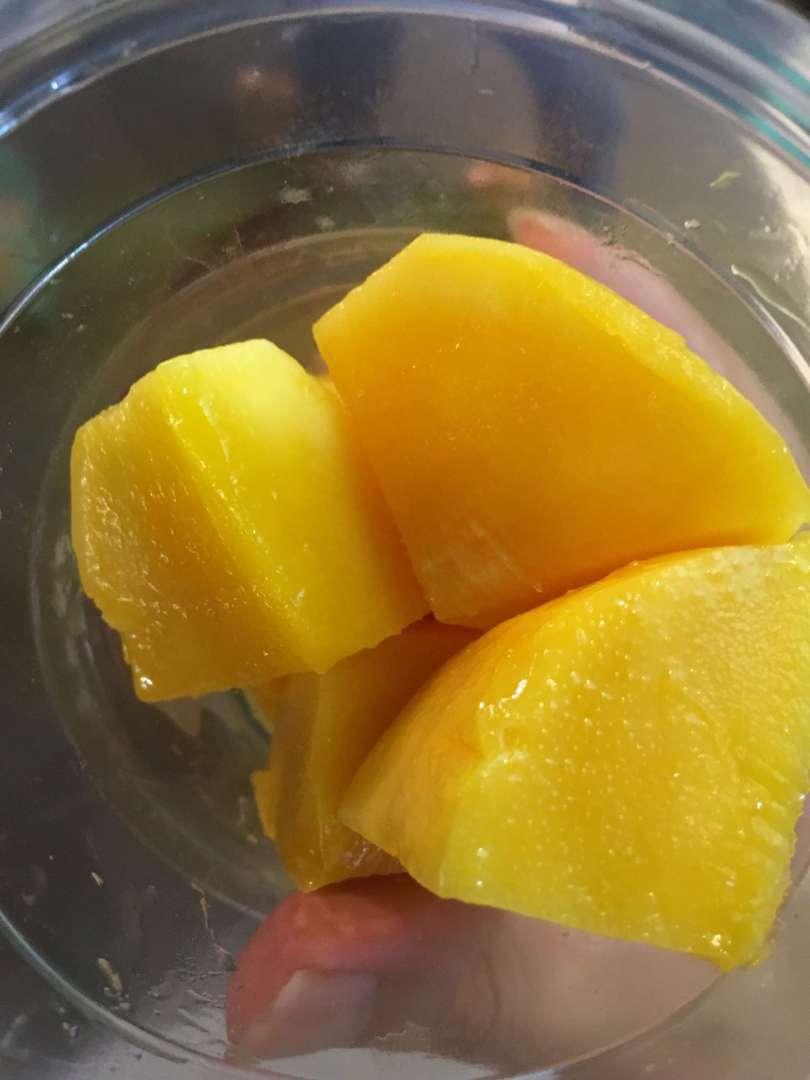 mango with 500 NT